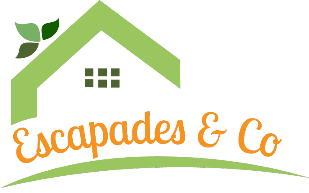 logo escapades and co